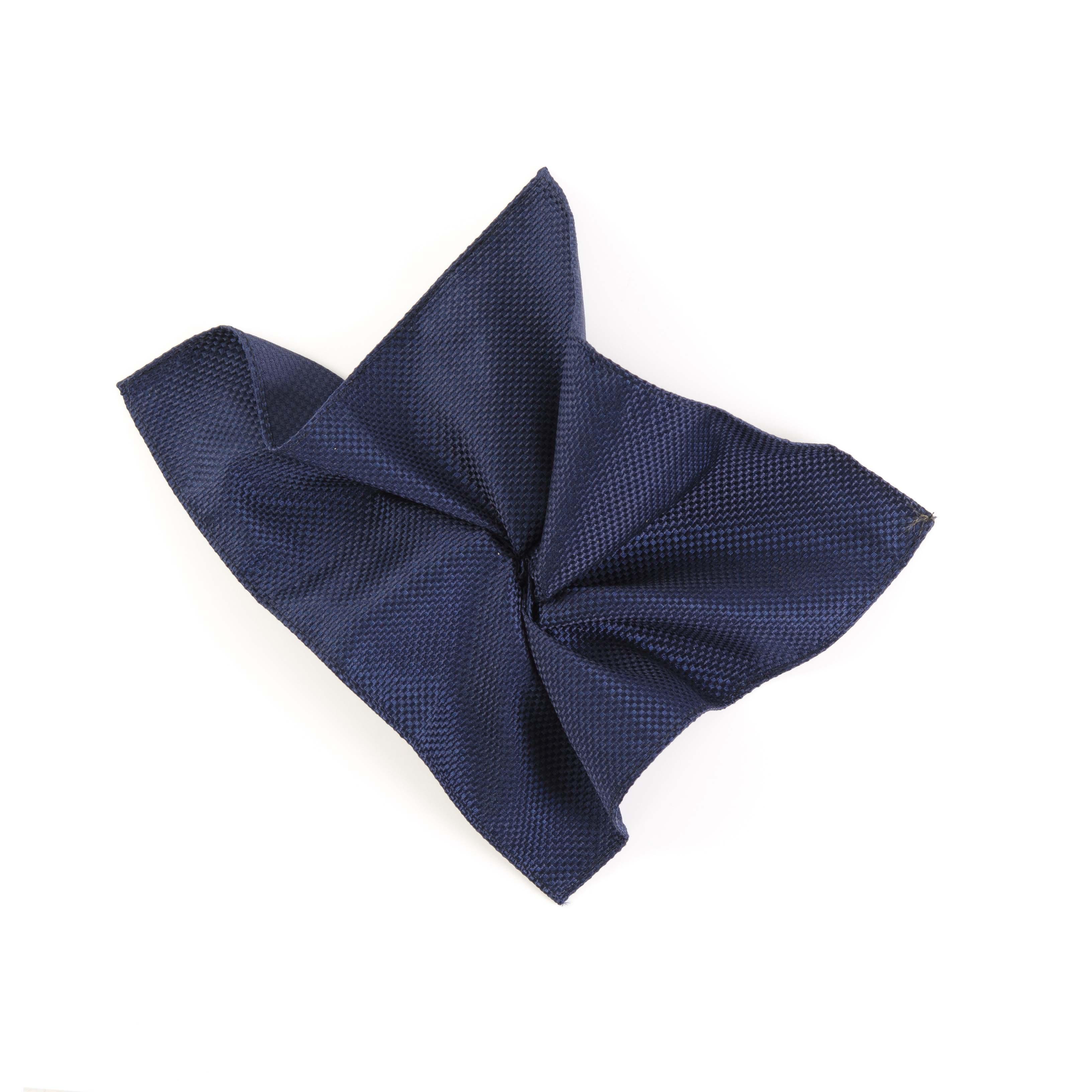 Pocket square navy panama made of silk