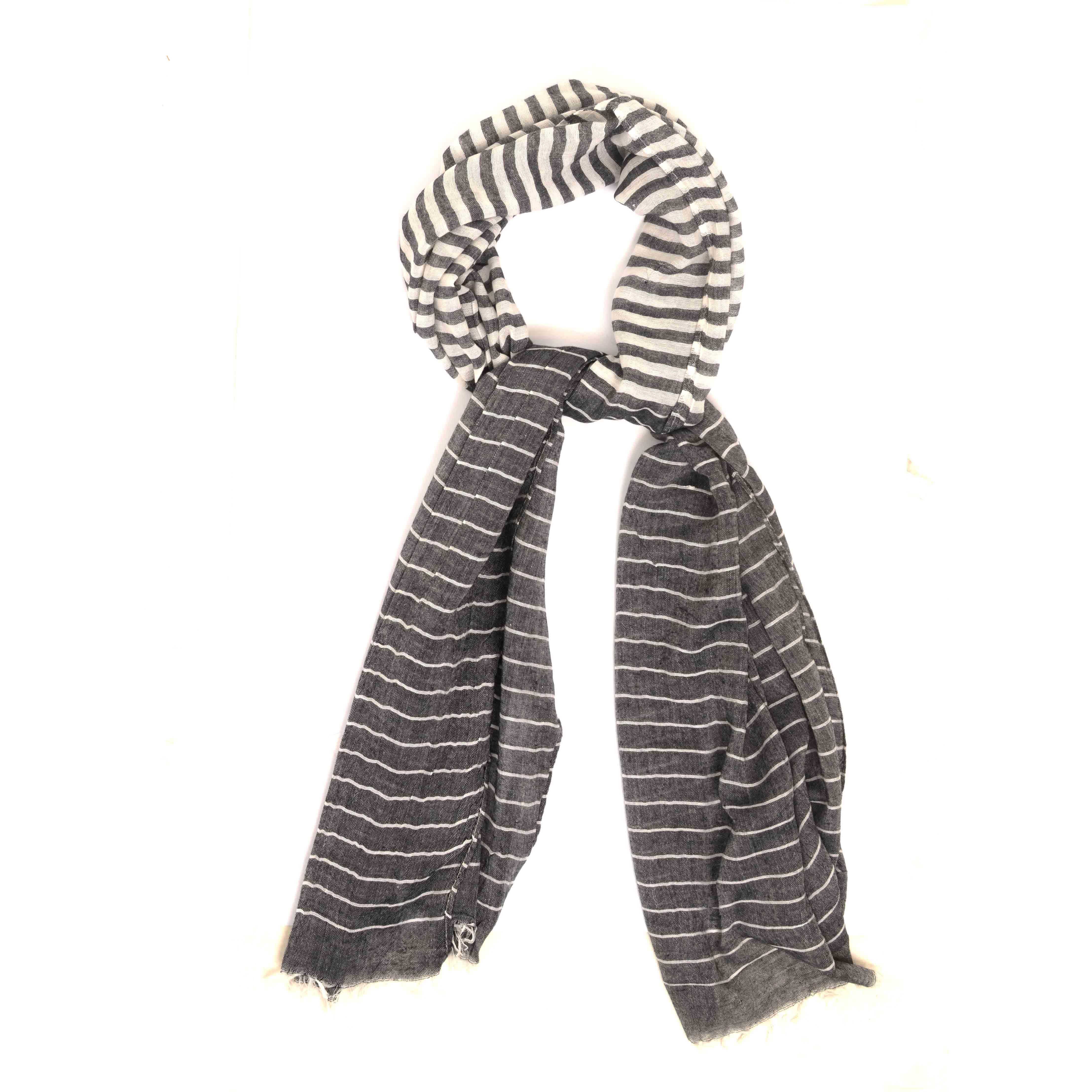 Maes   Scarf whit white stripe design in light grey
